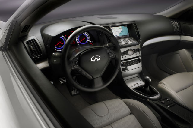 G37_Coupe_HighRes_interior.jpg