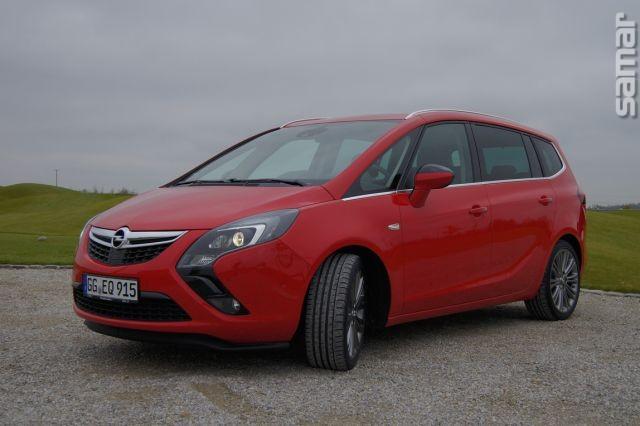 Opel Zafira Tourer 2011