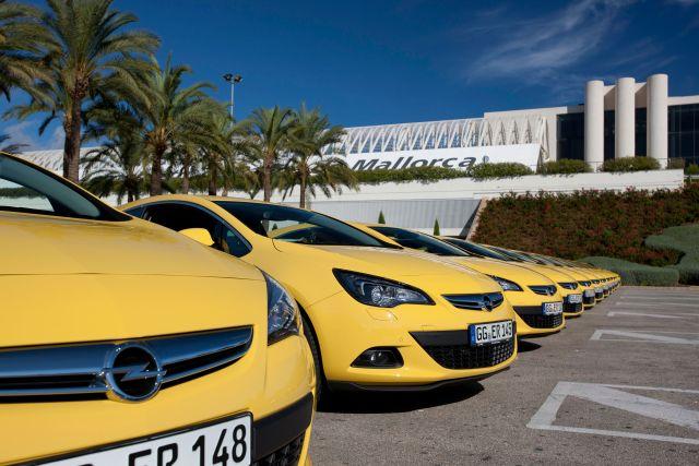 Opel Astra IV GTC