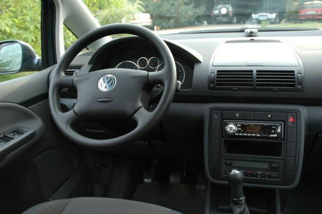 deska rodzielcza po stronie kierowcy.JPG