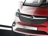 Jedzie nowy Opel Vivaro