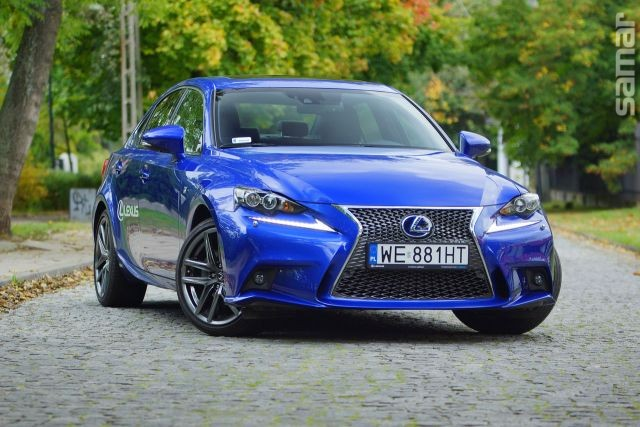 Lexus IS 300h F Sport 2014