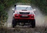Małysz trenował nową Toyotą Hilux do Rajdu Dakar 2014