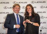 Agnieszka Radwańska za sterami Lexusa GS