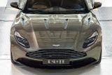 Aston Martin DB11 na start