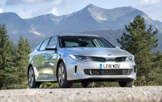 Kia Optima PHEV (2017)
